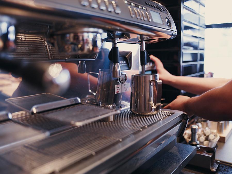 Eine unserer original italienischen Espresso-Maschinen